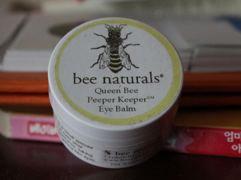 아이허브 아이밤크림-Bee Naturals, Queen Bee, Peeper Keeper Eye Balm, 0.8 oz