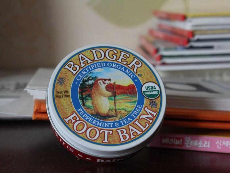 뱃져 풋밤-Badger Company, Foot Balm, Peppermint & Tea Tree, 2 oz (56 g)